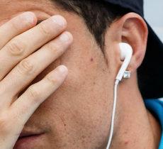 Are-Headphones-Dangerous-Featured